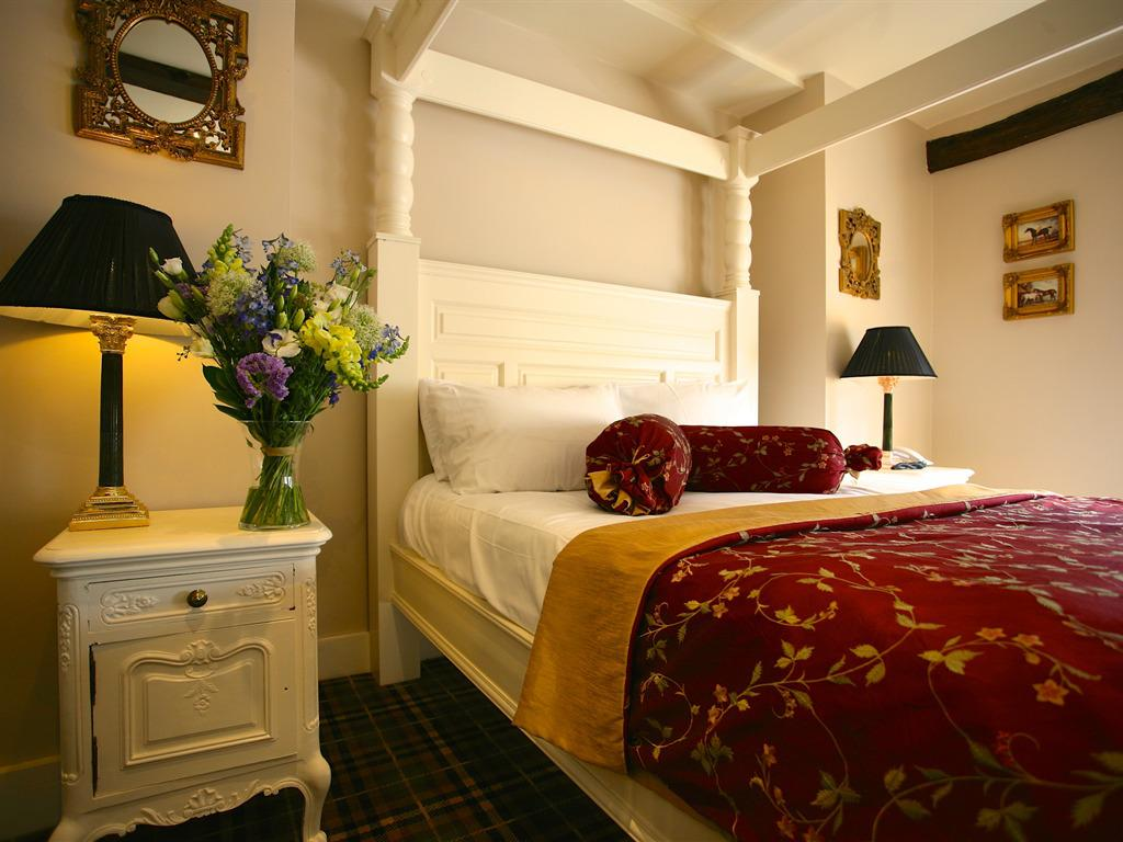 Double room-Ensuite-Four Poster Bed