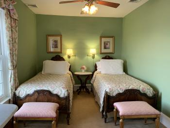Twin room-Ensuite-Traditional-Ocean View-Room 23 - Base Rate