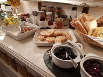Breakfast  - fruits & nuts