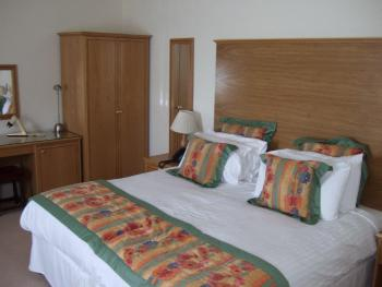 King-Ensuite-King or twin room - King-Ensuite-King or twin room