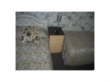 Triple room-Ensuite-1 Double and 1 Single