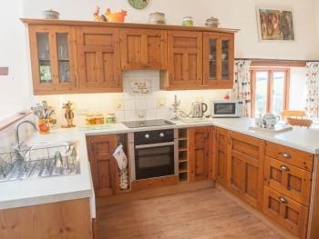 Frankaborough cottage    kitchen