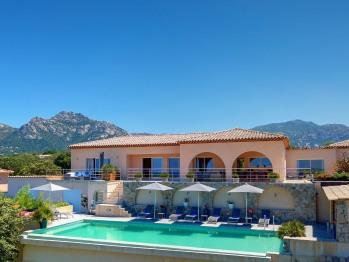 Villa La Vista - Piscine et logement