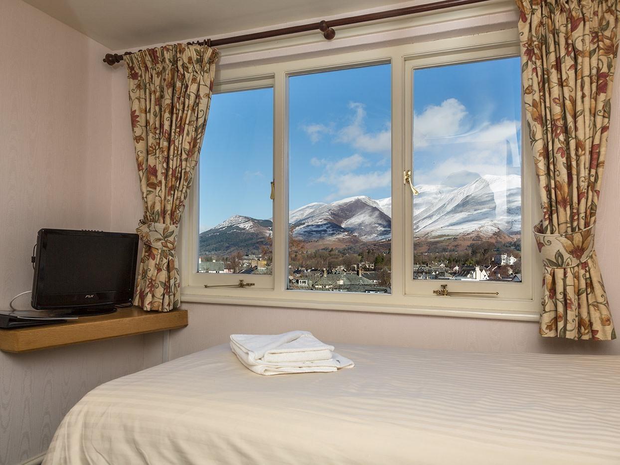 Classic Single Room En-suite with shower