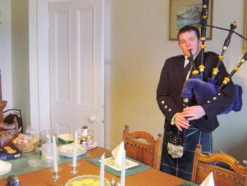 Campbell pipes in the haggis at Carlton Seamill
