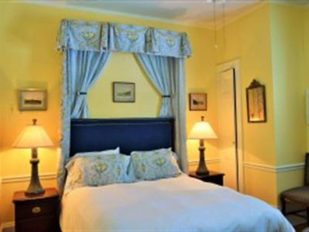 The Manor 113 Queen (no p-Double room-Ensuite-Standard - Base Rate