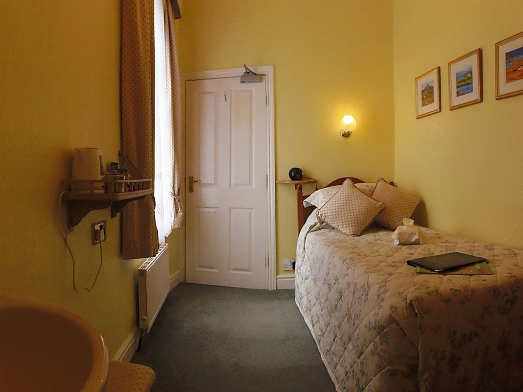 Single room-Ensuite-Room 7