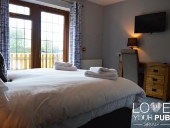 Double room-Deluxe-Ensuite with Shower-Countryside view - Double room-Deluxe-Ensuite with Shower-Countryside view