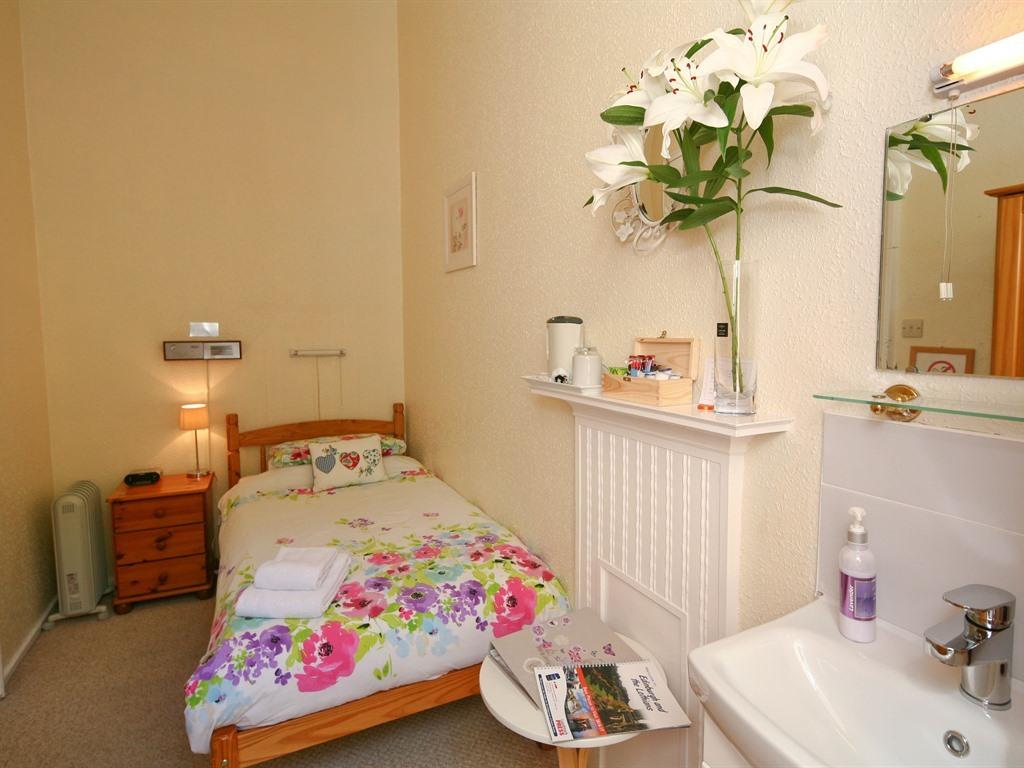 Single room-Superior-Private Bathroom-Room 1a