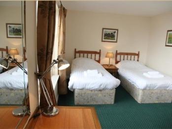 Twin room-Standard-Ensuite - Twin room-Standard-Ensuite
