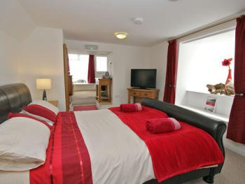Double room-Superior-Ensuite-With Lounge
