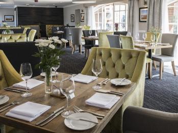 Branford's Restaurant