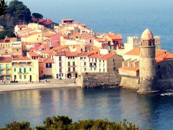 Le ravissant port de Collioure à 15' d'Ortaffa par la voie rapide.