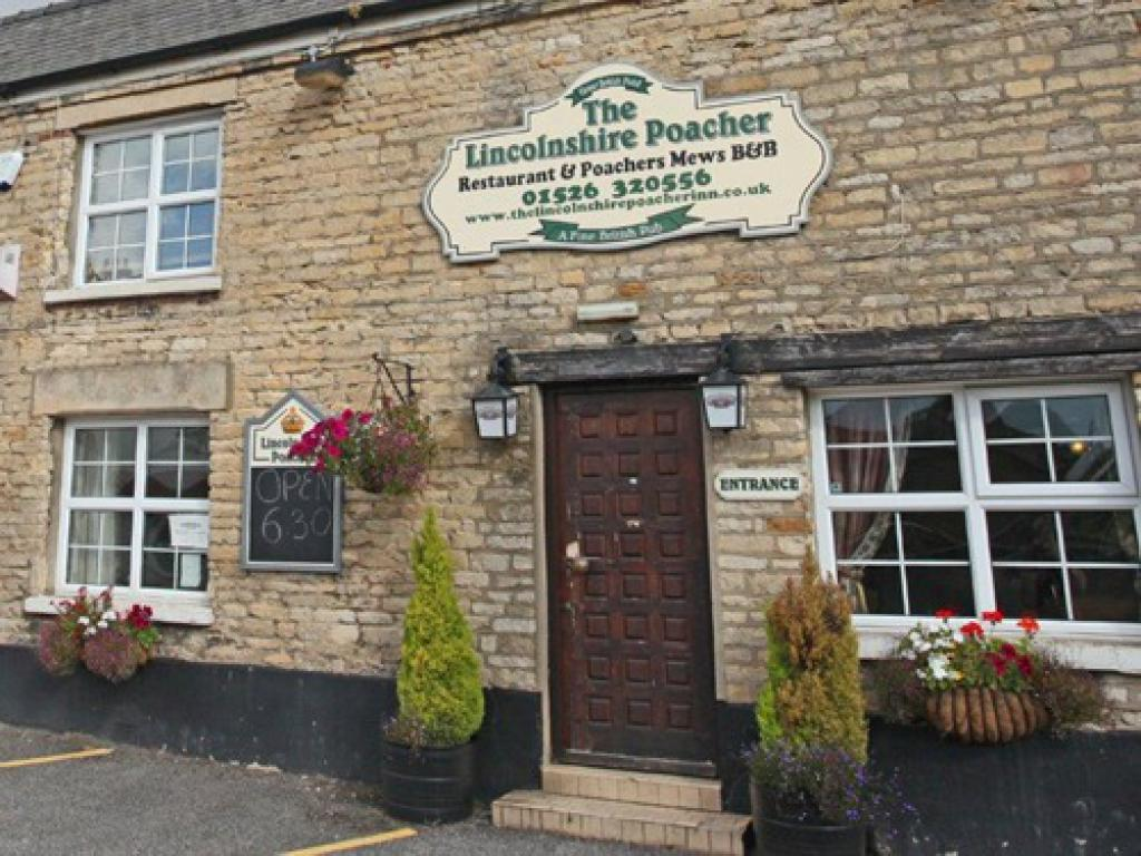 Front View of The Lincolnshire Poacher Inn