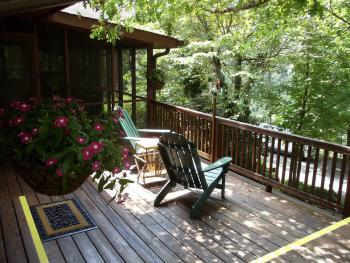 Tree Top Suite private deck