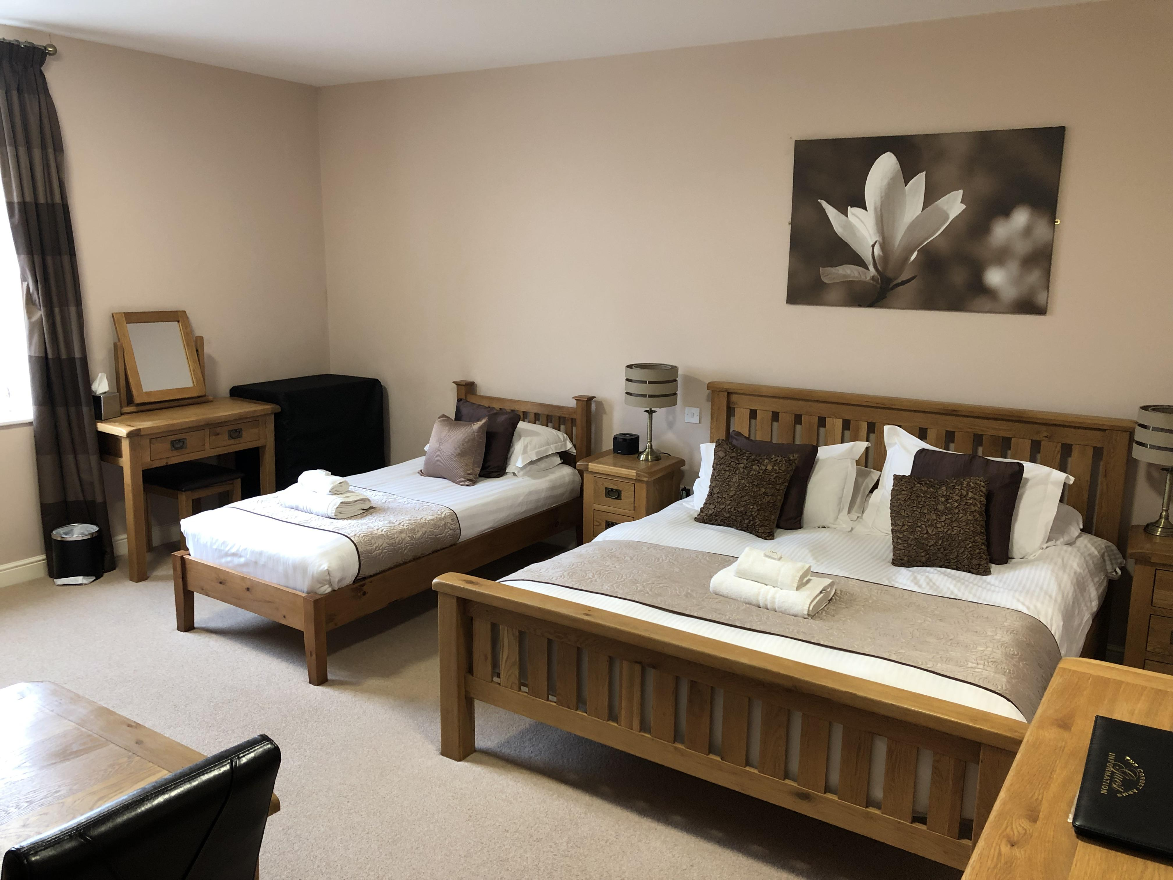 Family room-Superior-Ensuite-Countryside view