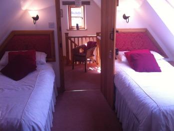 Twin room-Ensuite-Garden View-First floor
