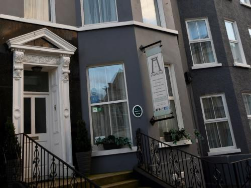 Portrush Townhouse Boutique Hostel