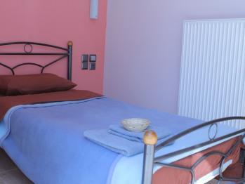 Single room-Comfort-Private Bathroom-Balcony-401 - Base Rate