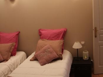Chambre 2 lits d'une personne