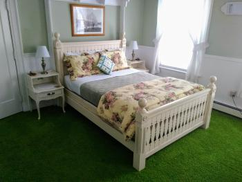 Double room-Ensuite-Queen-2 The. Dogwood