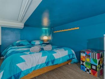Studio-Appartement-Salle de bain-Vue sur Rue-6-St Romain