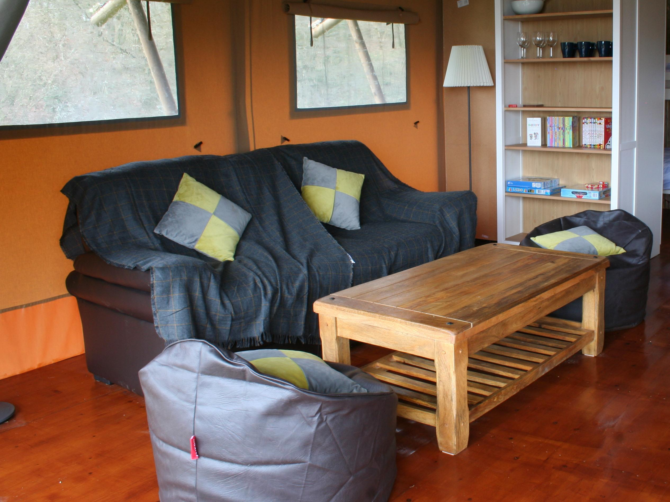 Lodge-Luxury-Private Bathroom-Countryside view-Pet Friendly