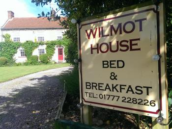 Wilmot House - Entrance drive providing access to large car park at rear of house