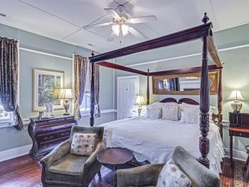 Charleston Rice  Room-King-Ensuite-Standard