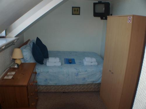 Room 6 Double bedroom on 3rd floor