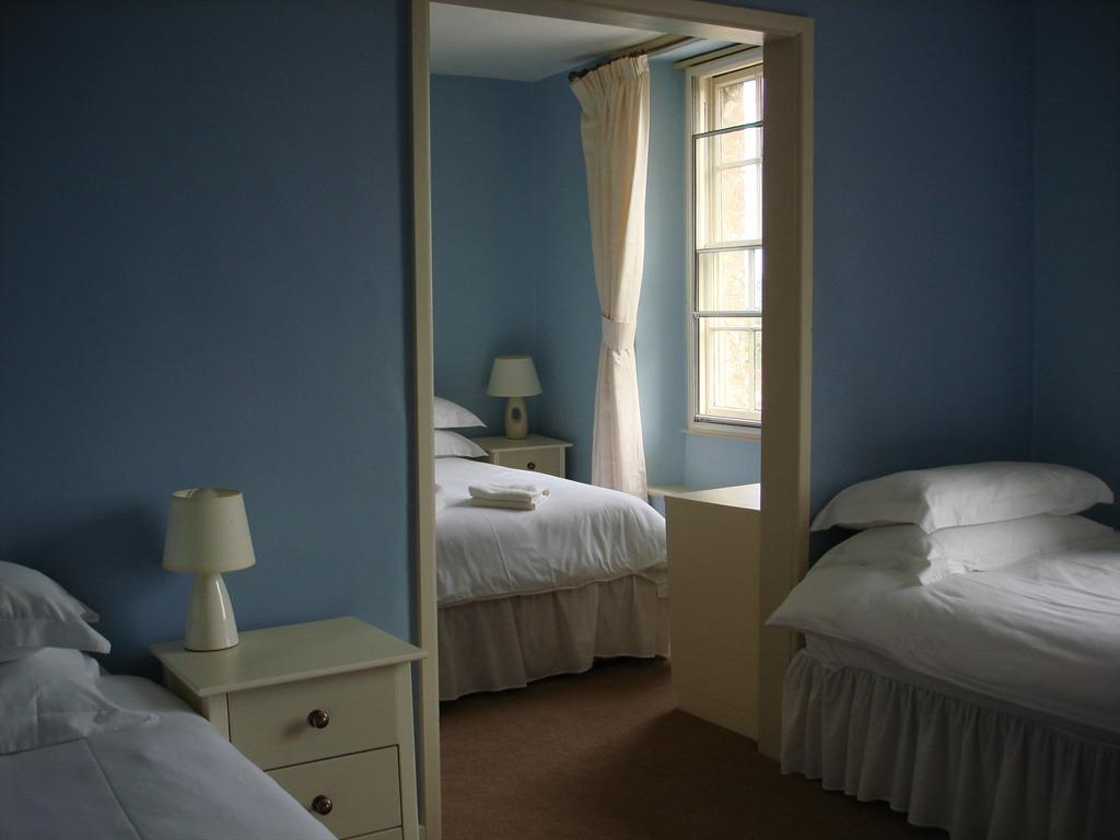 Family room-Ensuite-2 adults & 2 Children - Base Rate
