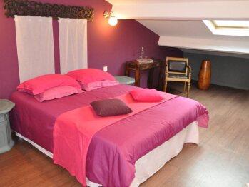 Haute-Garonne room