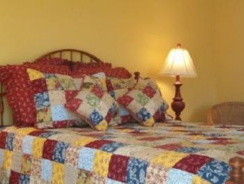 Queen-Ensuite-Premium-Countryside view-Guest House Room 5