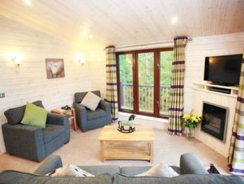 Family room-Ensuite with Bath-Cabins - 2 Bedrooms
