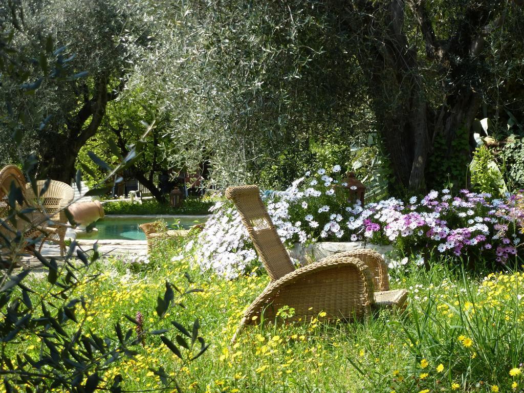 Mobilier De Jardin Alpes Maritimes l'origane, l'escarène, france - toproomscom