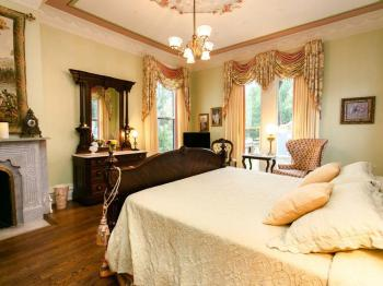 Double room-Ensuite-Luxury-Garden View-The Cupids & Roses Room