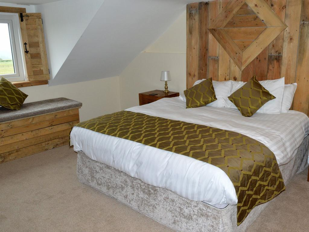Double room-Ensuite-Super King Size - Base Rate