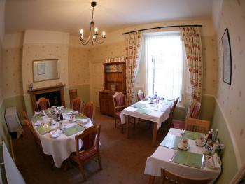 The Seale Arms - Our comfortable breakfast area