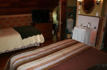 Silverstein Guestroom