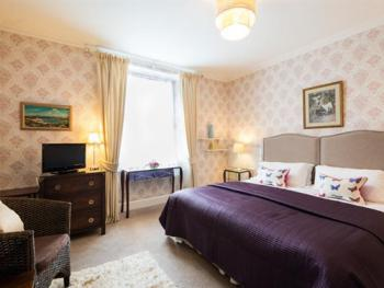 Twin room-Ensuite-King