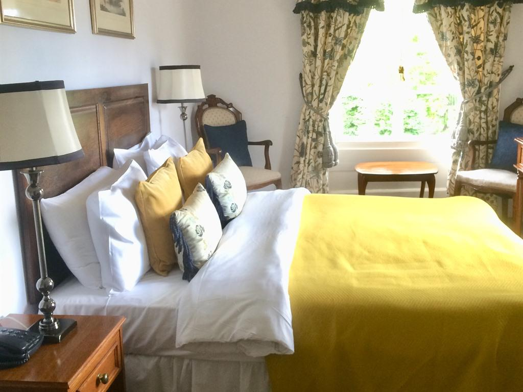 Double room-Classic-Ensuite with Bath-Garden View-Classic Double Room