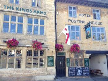 The Kings Arms - Front