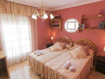 Doble con dos camas-Baño Privado-Terraza