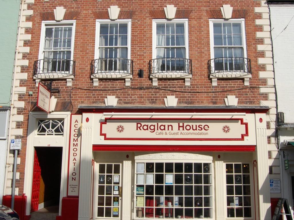Raglan House Front view