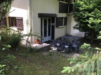 Terrasse dans le jardin, appartement 5 personnes, 1 chambre