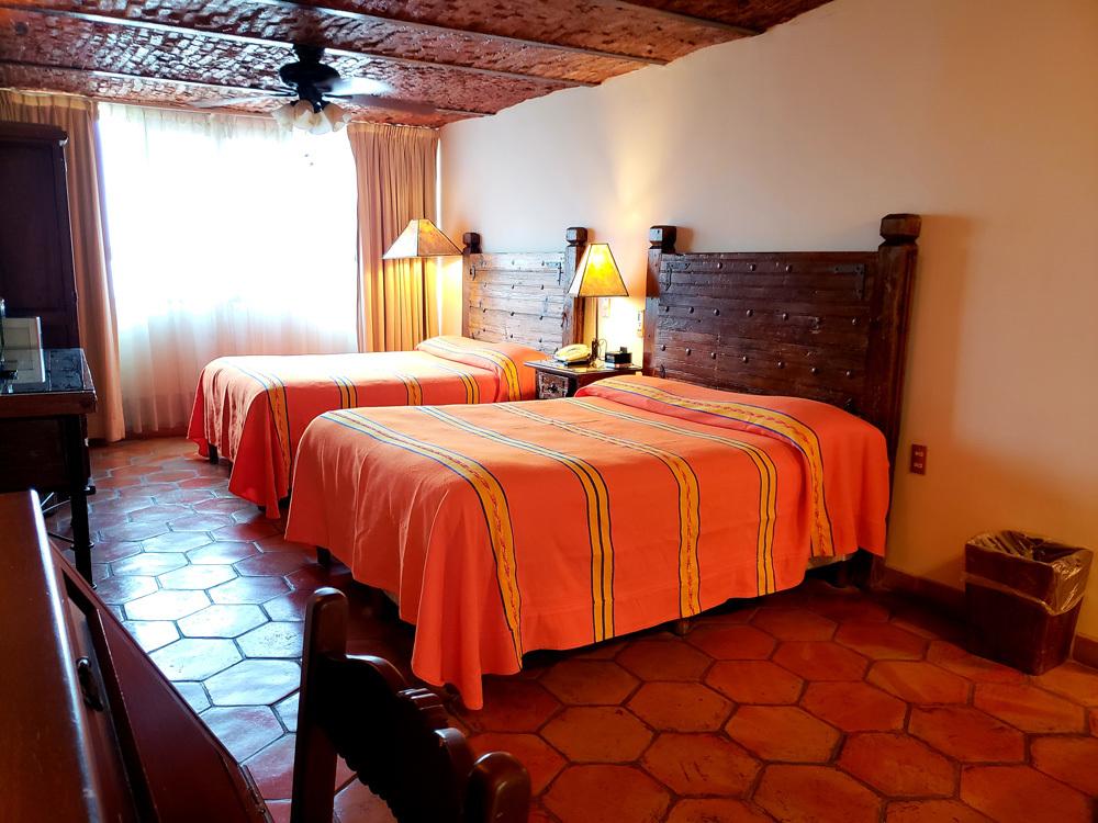 2 Queen Bed Deluxe Room