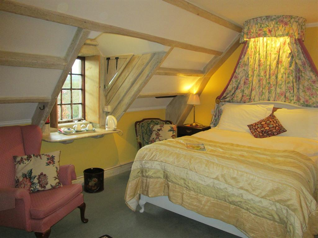 Double room-Ensuite-Dove Cote - Base Rate