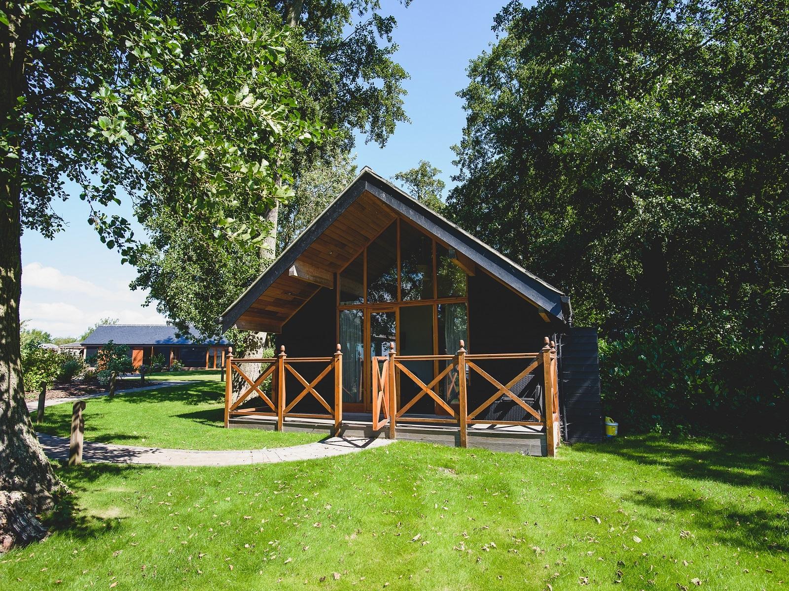 Lodge-Classic-Ensuite-Heron Lodge - Base Rate