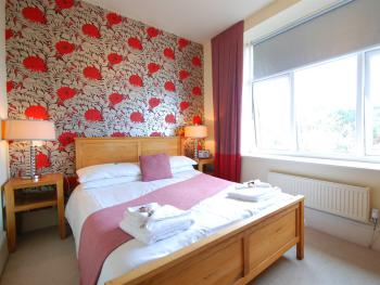 Double room-Luxury-Ensuite with Bath-Partial sea view-Sea & mountain view