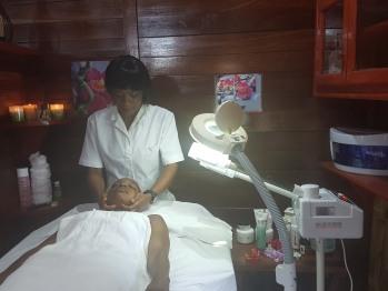 Centre Wellness Massages soins beauté  Sauna Spa